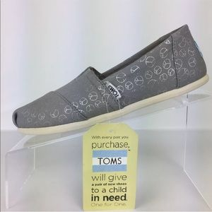 Toms Foil Peace Sign Slip On Shoes Size 6 NWT